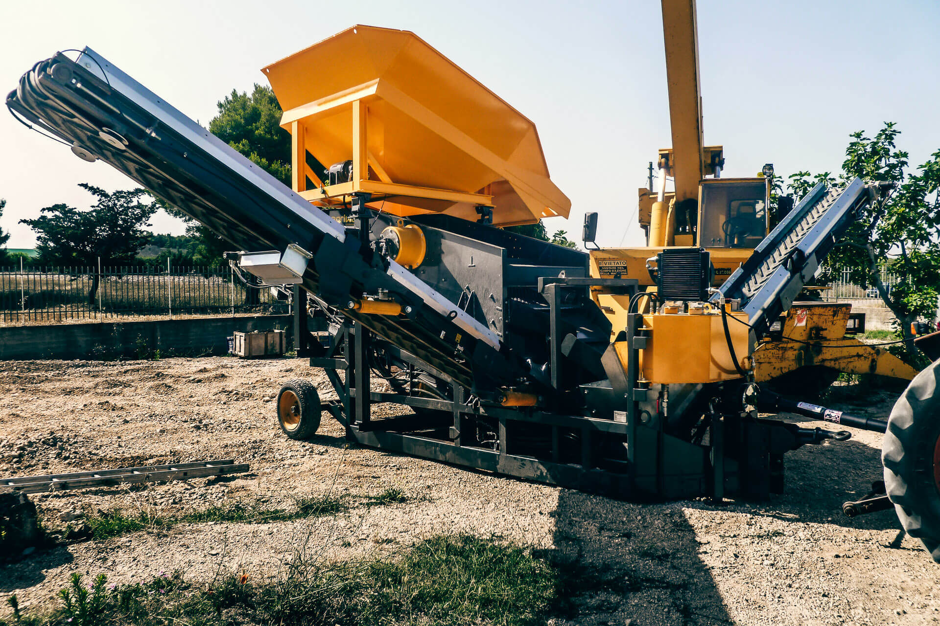 agri world-vibrating screen-vaglio vibrante-italy