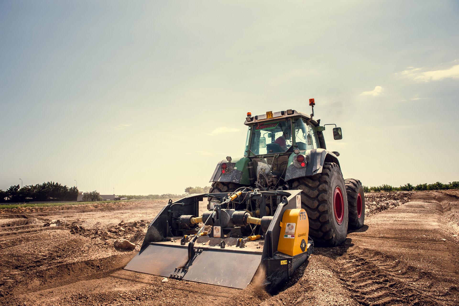 frantumatrice di sassi-stones crusher-macchine agricole e forestali-costruzioni stradali-italy